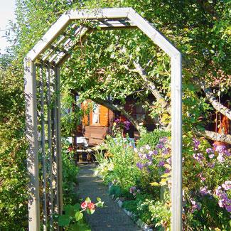 Eing nge im kleingarten kleingarten magazin for Garteneingang gestalten